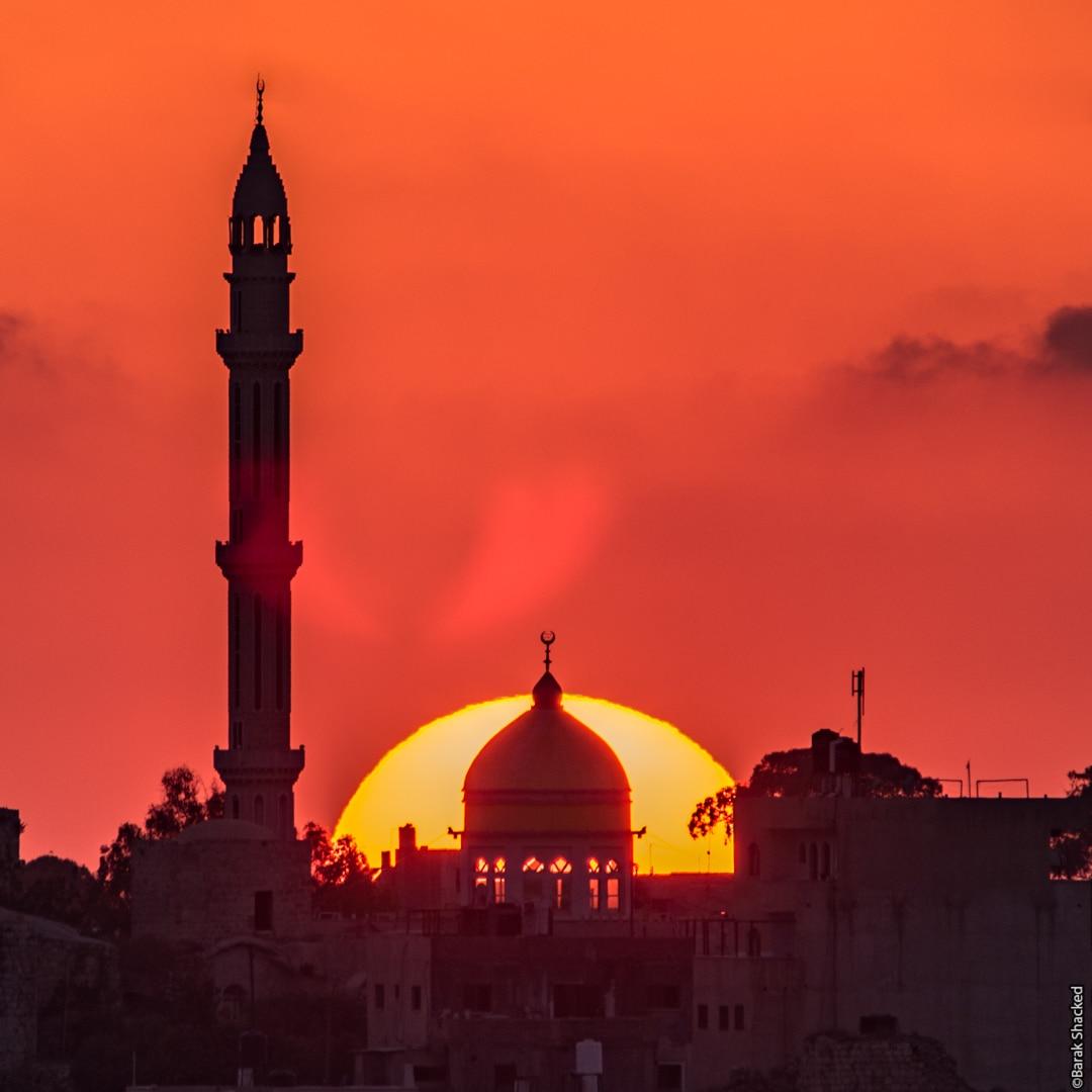 מסגד בשקיעה
