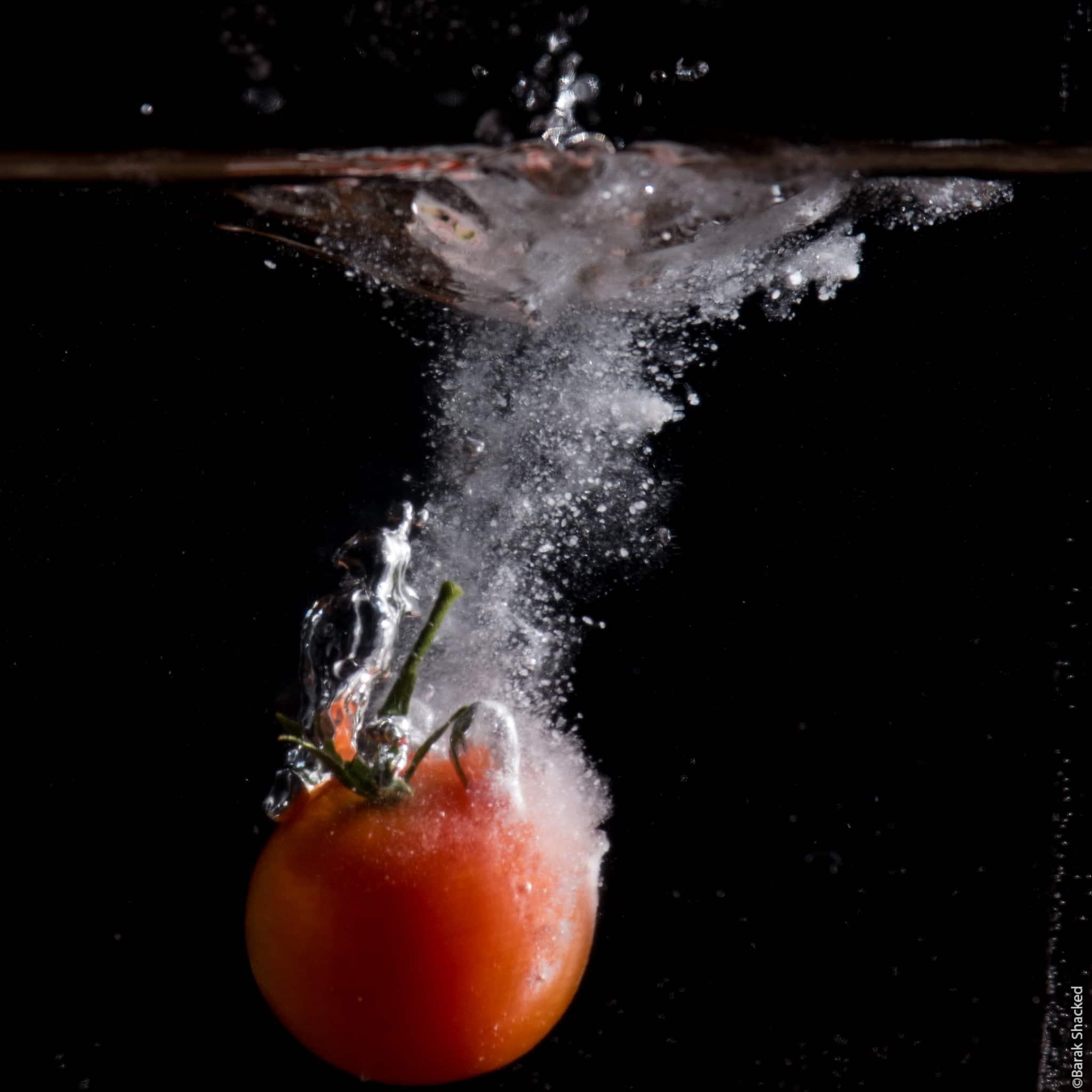 עגבניה במים