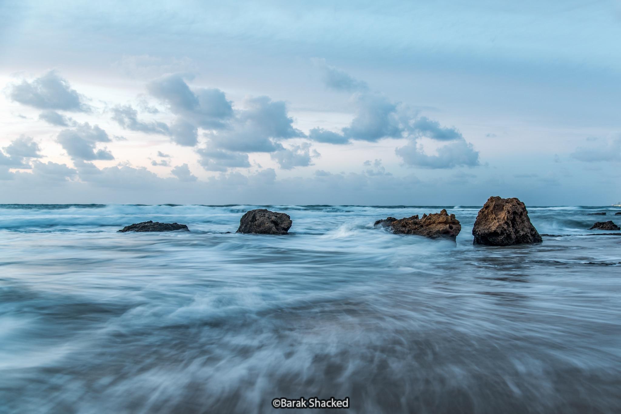 מריחת מים בחוף